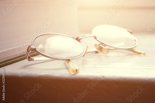 Fotografía  Book and Glasses