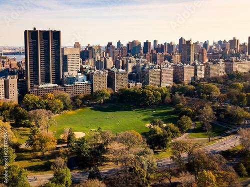Keuken foto achterwand Amerikaanse Plekken New york autumn landscape in Central park aerial
