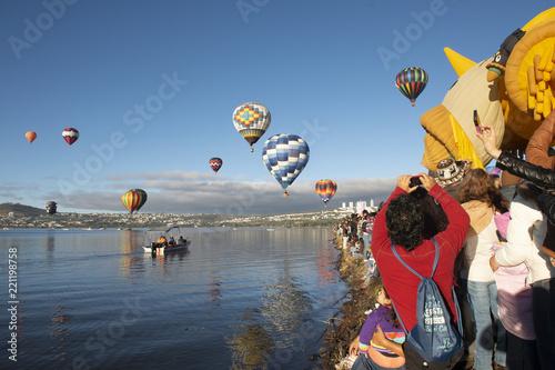 Globos aerostáticos en Festival de Globos en León Guanajuato Canvas Print