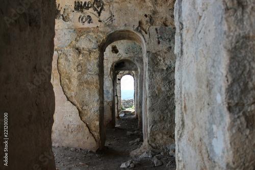 Valokuva  Terracina - Temple of Jupiter, Mount Circeo, Lazio, Italy