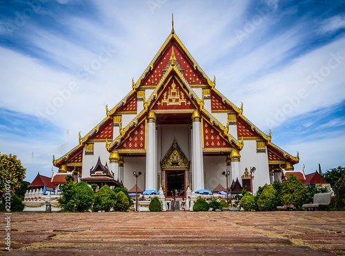 Foto  Wat Mongkol Bophit , Ayutthaya Thailand - ancient city and historical place