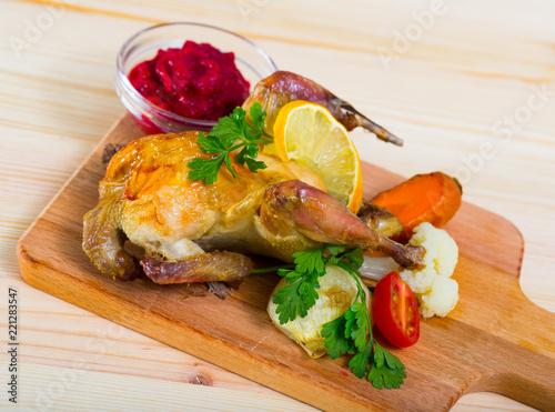 Keuken foto achterwand Klaar gerecht Poultry dish with cranberry sauce