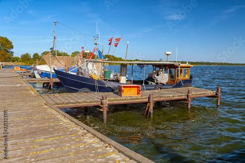 Fischerboote, Fischkutter, Boote, am Steg in Kamminke - Insel Usedom