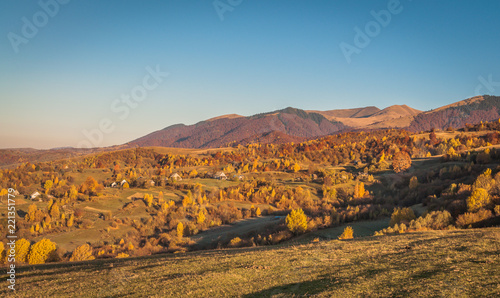 Foto op Aluminium Blauwe jeans Landscapes of Autumn Carpathian Mountains
