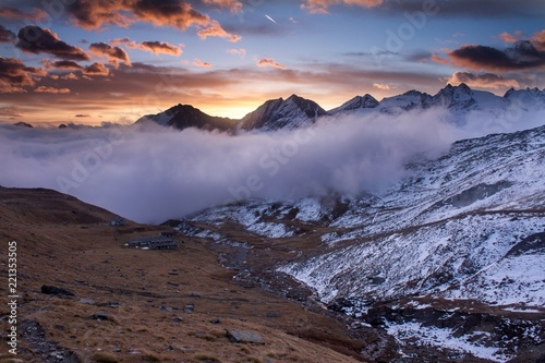 Poster Lavendel Great view of the foggy valley in Gran Paradiso National Park, Alps, Italy, dramatic scene, beautiful world. colourful autumn morning,scenic view with cloudy sky, majestic dawn in mountain landscape