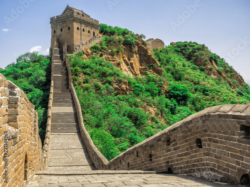 Fotografie, Obraz  The Great Wall Jinshanling section with green trees in a sunny day, Beijing, Chi