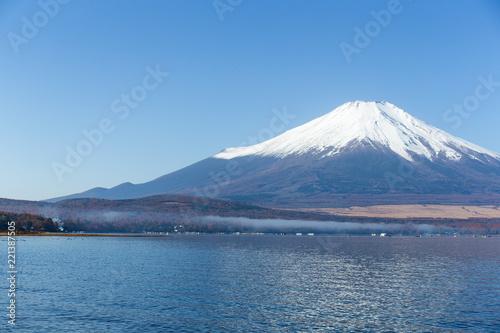 Foto auf Gartenposter Reflexion Mount Fuji in Japan
