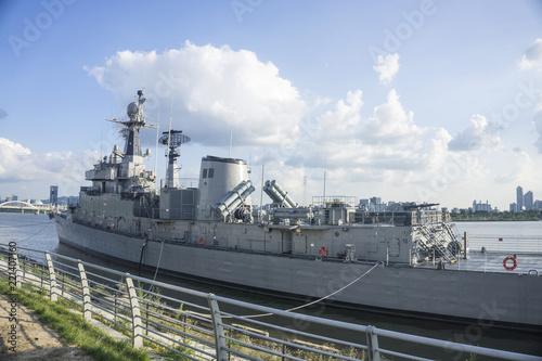 Leinwand Poster battleship and sky background
