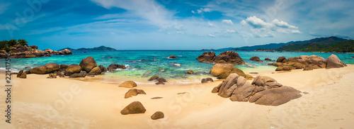 Photo sur Toile Beige White sand beach. Vietnam. Panorama