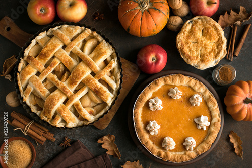 Fototapeta Thanksgiving pumpkin and apple pies obraz