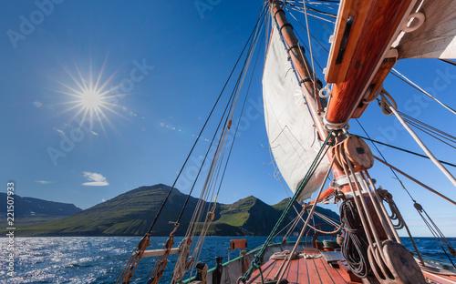 Keuken foto achterwand Schip sailing ship details on a sunny summer day