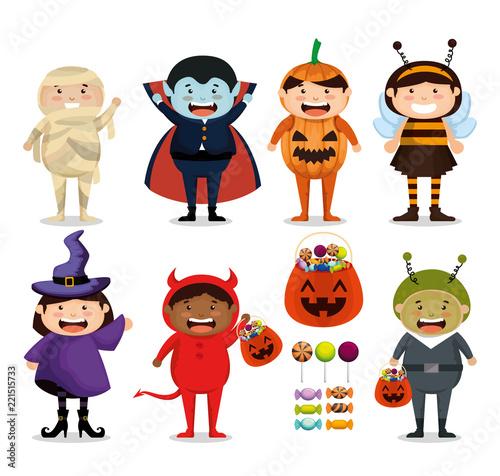 Fotografia group of children dressed up in halloween