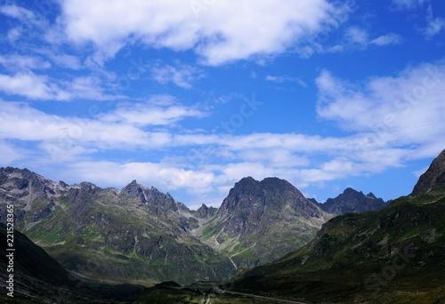 Spoed Foto op Canvas Grijze traf. Berg Berge Panorama