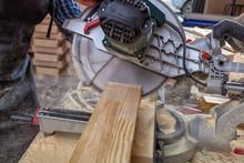 Carpenter Work With Circular S...