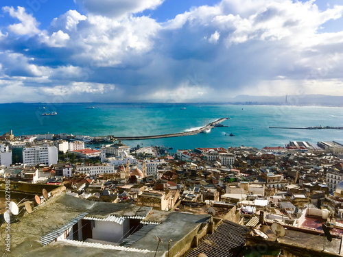 Autocollant pour porte Algérie Top view of the old town and port. Algiers