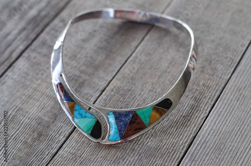 Valokuva Sterling silver choker with inlaid gemstone slices