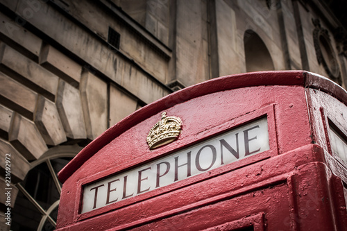 Fotografie, Tablou  red telephone box sign