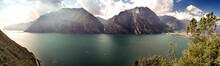 Panoramica Del Lago Di Garda T...