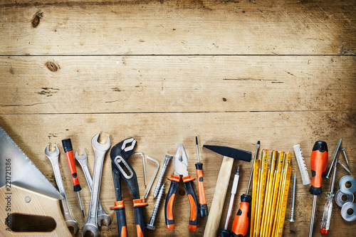 Bottom border of assorted hand tools Fototapet