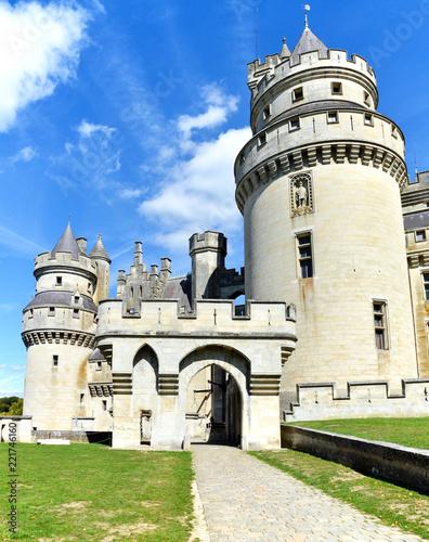 Poster Artistique A magnificent medieval castle in France.