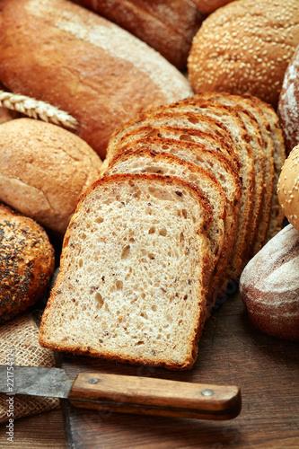 sliced fresh baked bread isolated on white background Fotobehang