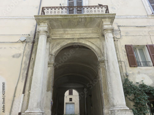 Foto op Canvas Oude gebouw Arco Architettonico