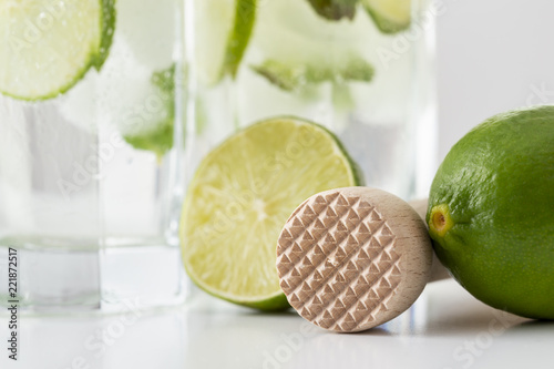 Foto op Plexiglas Cocktail Detail of mojito cocktails and ice crusher