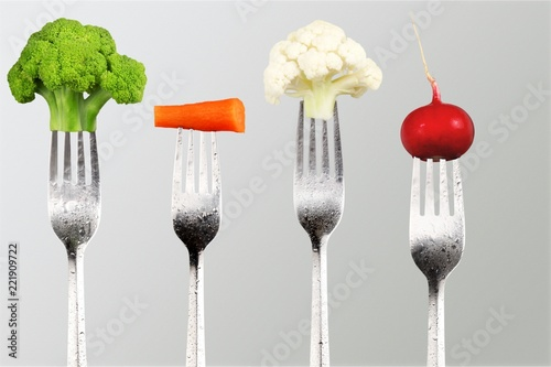 Fotografija  Vegetables on the collection of forks, diet concept