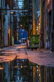 Fototapeta Uliczki - Empty back alley. Vancouver, British Columbia. Canada.