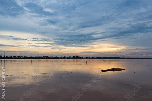 Fotografie, Obraz  Tramonto sul Mekong - vientiane - Laos