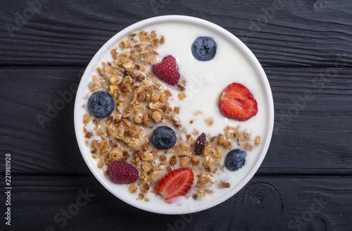 Deurstickers Akt Chia yogurt with granola