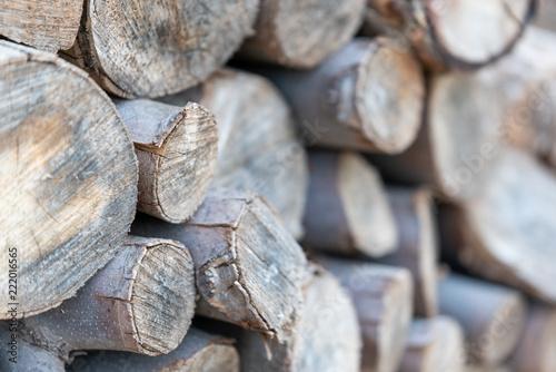 troncos de madera para barbacoa