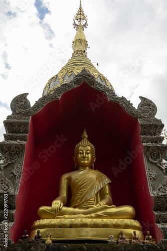 Fotografia  Wat Buppharam temple on Tha Phae Rd Chiang Mai