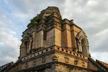 Wat Chedi Luang Temple In Old ...