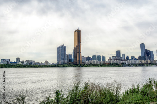 63 building and han river