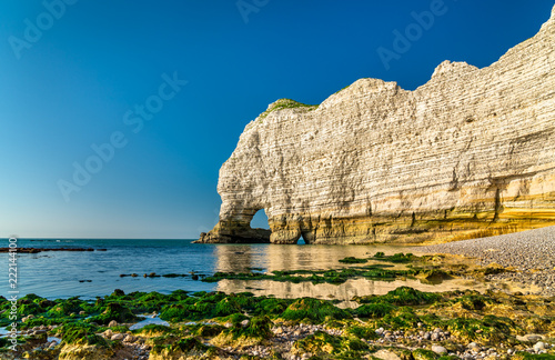 Keuken foto achterwand Europa Natural chalk arch at Etretat, France