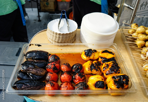 Aluminium Prints Eggplants, tomatoes and peppers cooked on the grill.