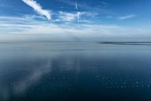 Golfo Di Trieste Con La Penisola Di Grado In Tarda Serata Di Calma Piatta