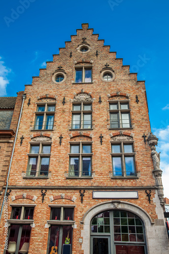 Spoed Foto op Canvas Zuid-Amerika land Houses representative of the traditional architecture of the historical Bruges town