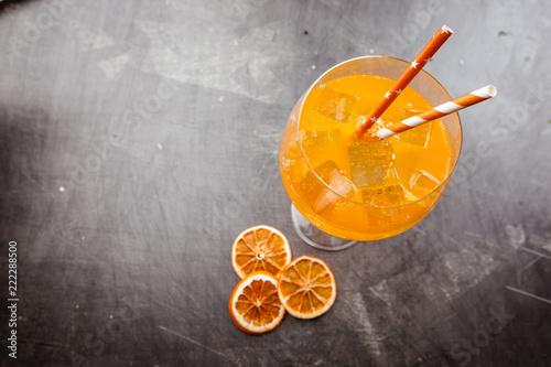 Foto op Plexiglas Cocktail Glass of aperol soda cocktail