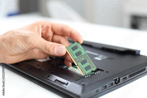 Laptop Notebook Reparatur oder Arbeitsspeicher Aufrüstung Canvas Print
