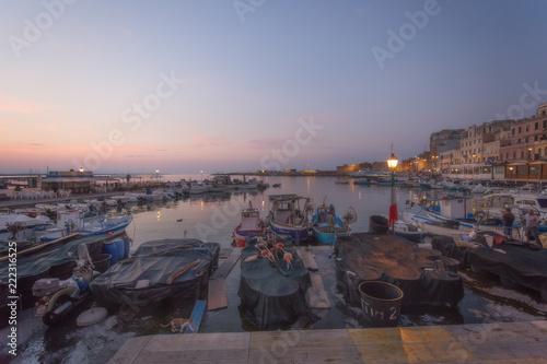 Photo Alba al porto di Anzio