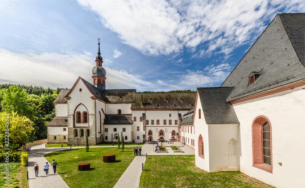 Fototapety, obrazy: Kloster Eberbach im Rheingau