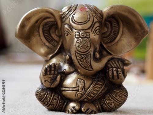 Canvastavla  Ganesha Statue close up