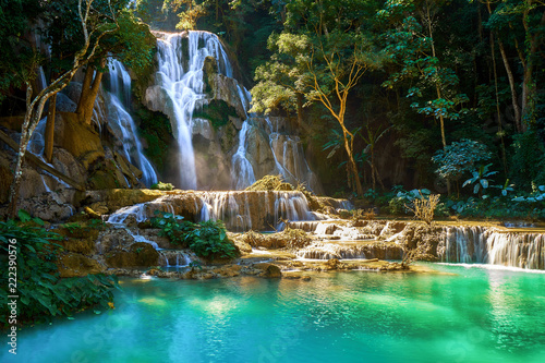 Tuinposter Watervallen Beautiful Kuang Si Waterfall in Laos