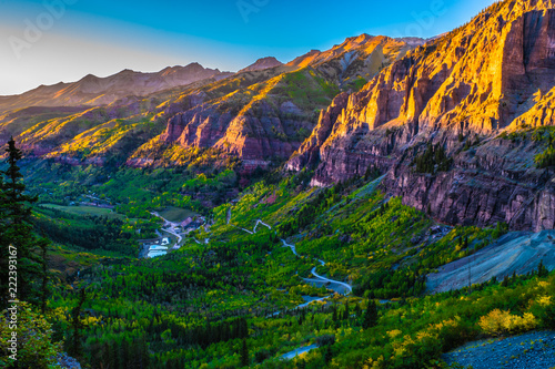 Foto op Aluminium Aubergine Beautiful Sunset Fall Hike in Telluride, Colorado