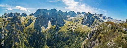 Foto auf Gartenposter Gebirge panorama of mountains in national park Prokletije in Montenegro