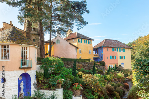 Foto op Canvas Noord Europa Popular tourist resort of Portmeirion, North Wales, UK, the Italianate village built by Clough Williams-Ellis.