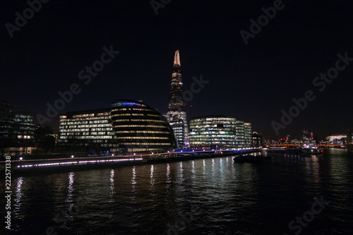Papiers peints Londres The Shard in Lodnon at Night