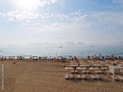Fotografia  Bbeautiful sandy beach in Alicante. Spain.